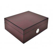 Szivar tároló doboz kb. 35 szál szivar részére, vöröses barna színű külső páratartalom mérővel