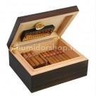 Adorini Verona Deluxe spanyol cédrusfa humidor sötét barna csíkos dohánylevél mintával