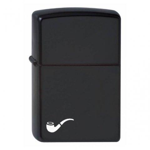 Fekete színű Zippo benzines pipagyújtó, pipa motívummal és örök garanciával
